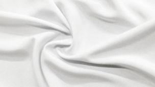 jb-dublagem-tecido-branco-amarela-ao-passar-pela-dublagem